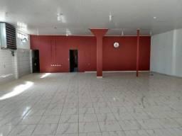 Salão comercial com casa anexa em Alta Floresta