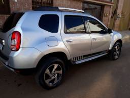 DUSTER 1.6 32.900