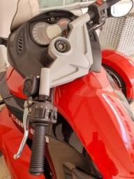 Moto spyder 2010 novíssima !