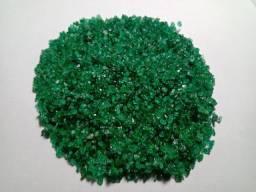 Lote de esmeraldas naturais brutas milimitradas.