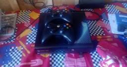 Xbox 360 slim usado em estado novo