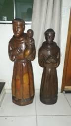Duas esculturas de madeira, São Francisco e são José!