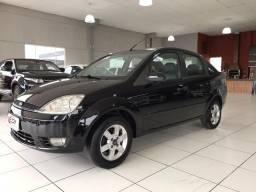 Fiesta sedan 1.6 completo 2006