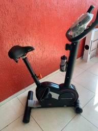 Bicicleta Ergométrica Vertical V3 Movement