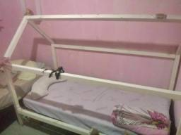 Vendo uma cama montessoriana