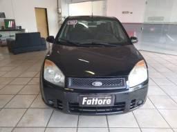 Ford / Fiesta Sedan 1.6