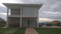 Casa de condomínio alto padrão