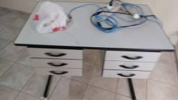 Título do anúncio: Mesas e cadeiras/poltronas/ armários p escritório