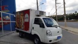 Caminhão kia Bongo 2011 baú refrigerado