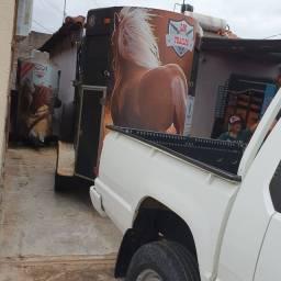 Aluguel de trailer para cavalos