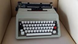 Maquina de escrever Olivett raridade