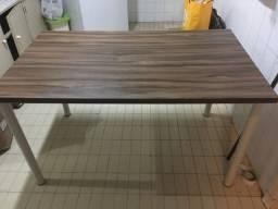 Mesa de jantar / copa cozinha