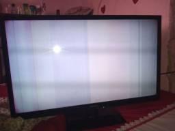 Tv Panasonic LED com defeito 32
