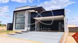 Título do anúncio: Casa de condomínio térrea para venda possui 230 mt² com 3 Suítes - Alta Valorização (OPORT