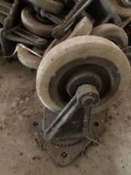Rodinha com rolamento para carga