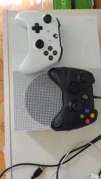 Xbox One Slim - Dois controles
