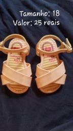 Sandalinhas e Tênis para menina tamanho 17 ao 20