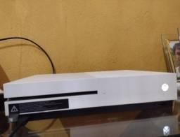 Título do anúncio: Xbox One S - 8 Meses de Uso