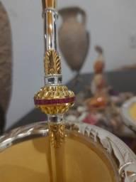 Bomba de chimarrão de ouro e prata