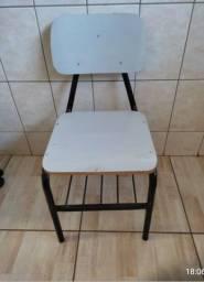 Título do anúncio: vendo cadeiras grande de ferro