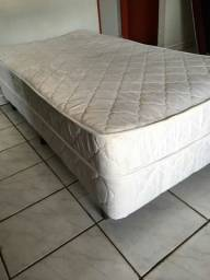 Título do anúncio: Vende-se cama de solteiro de mola