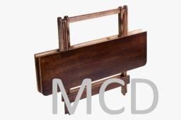 Mesa dobrável em madeira maciça