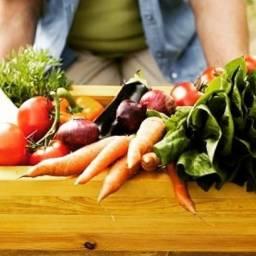 Procura-se produtores de alimentos orgânicos e agricultores familiares