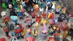 Título do anúncio: Vendo centenas de bonecos de 10 a 20 a umidade