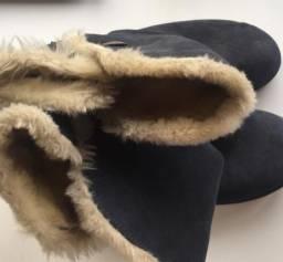 Bota de lã por dentro