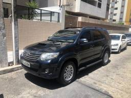 HILUX SW4 2013 Aut. Diesel 3.0 4x4 - 2013
