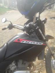 Vendo ou troco moto para roça Bros 150 tá filé - 2008
