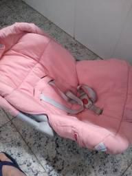 Carrinho de bebê e bebe conforto