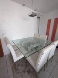 Conjunto mesa, com tampo de 12mm  bisotado, 1,40x1,40m e 06 cadeiras .
