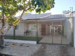 Casa com 3 dormitórios à venda, 153 m² por R$ 430.000,00 - Loteamento Parque do Patriarca