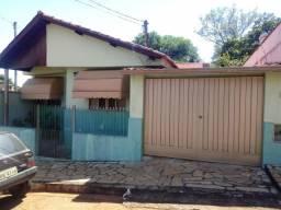 Casa à venda com 2 dormitórios em São sebastião, Varginha cod:1277