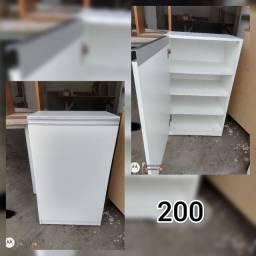 Muebles e armarios