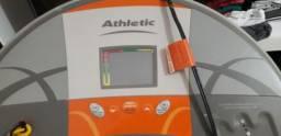 Esteira atletic 500ee com simulador de rampa voltagem 110