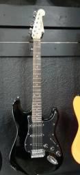 Guitarra preta shelter