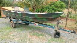 Barco com Carreta