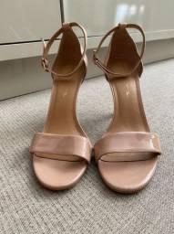 Sapato Gisele Nude marca Tabita