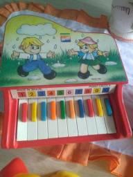 Piano baby HERING