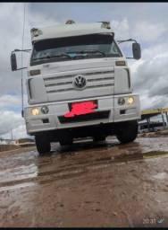 Caminhão bau