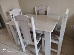 Título do anúncio: Mesa 4 cadeiras semi nova