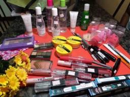 Vendo maquiagem