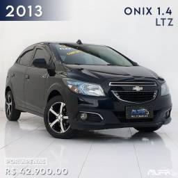 Título do anúncio: GM - Chevrolet Onix 1.4 LTZ Flex / 2013 Completo !!