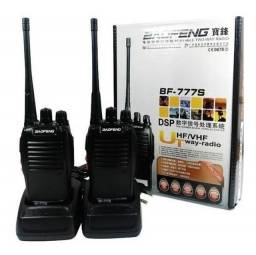 Par de Rádio comunicador HT BF777s 2 a 5km 16 canais + Fone de ouvido (novos)