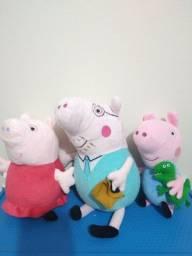 Título do anúncio: Kit pelúcia Peppa pig George e papai pig