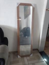 Espelho grande