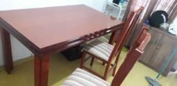 Título do anúncio: Mesa e 3 cadeiras  ótimo estado