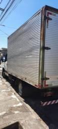 Título do anúncio: Caminhão bau de mudanças fretes carretos 31 97575 34 64